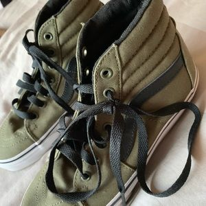Vans Shoes - Army green and black skate shoes size kids 3.0